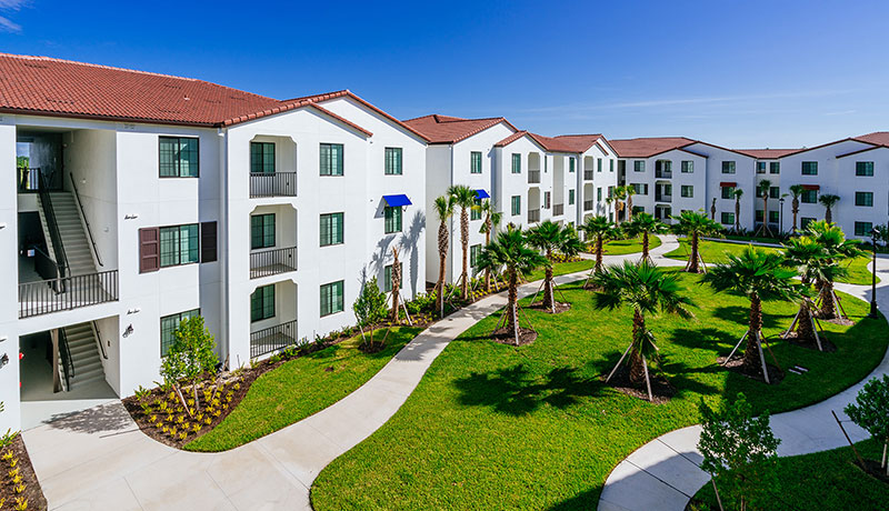 Student housing in Fort Myers
